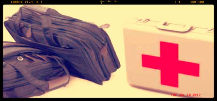 Farmaci, se si va all'estero occhio a quelli che si mettono in valigia