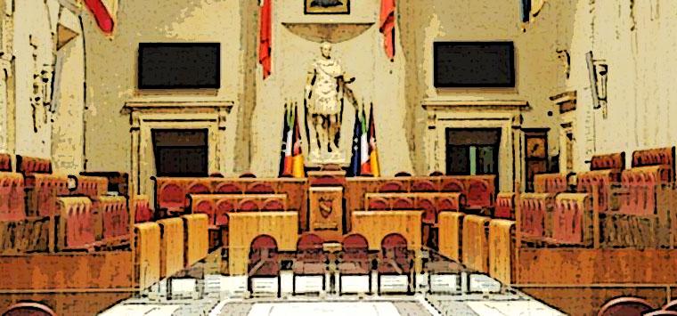"""""""Farmacap resti pubblica"""", Assemblea capitolina approva una mozione M5S"""