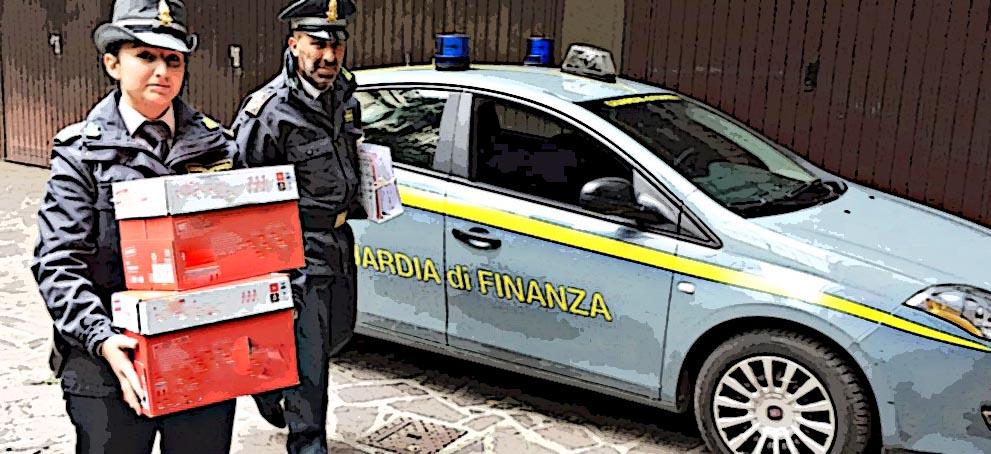 Speculazioni su mascherine, interventi della GdF (anche in farmacie) a Taranto e Firenze
