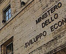 """Incontro Mise-Farmindustria: """"Vaccini prodotti in Italia entro 6 mesi"""""""