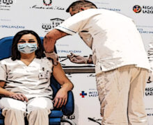 """Mandelli: """"Farmacisti target prioritario della campagna vaccinale, le Regioni provvedano"""""""